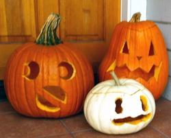 pumpkins-lanterns